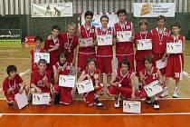 STŘÍBRO. Nymburští basketbaloví minižáci kategorie do 13 let skončili na Národním festivalu v Olomouci na druhém místě