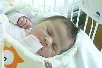 NIKOLKA BYLA PŘEKVAPENÍM. Nikola Borde z Hradištka se narodila 25. února 2015 ve 23.25 hodin. Vážila 3 340 g a měřila 48 cm. Maminka Renata a tatínek Martin se nechali překvapit a svou prvorozenou dceru si nenechali dopředu prozradit.