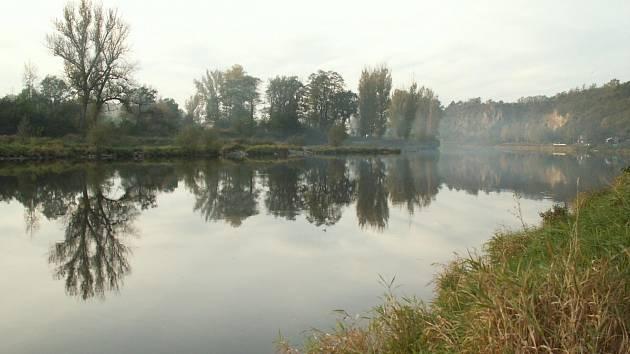 Poldr s příznačným názvem Nepokoj, který by se měl začít budovat nedaleko Rožďalovic a Křince, má v této oblasti zachytit velkou vodu.