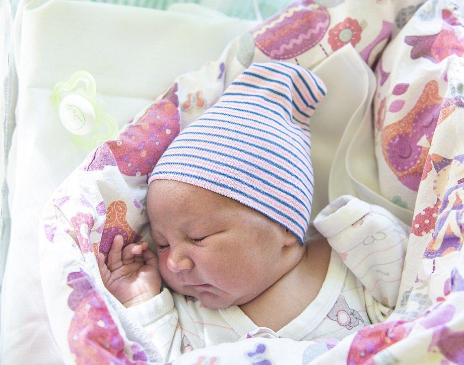 Valentína Vojtová z Milovic se narodila v nymburské porodnici 5. září 2021 v 6.20 hodin s váhou 3120 g a mírou 47 cm. Z holčičky se raduje maminka Lýdia, tatínek Jiří a bráška Jiří (1,5 roku).