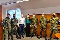V nymburské nemocnici pomůže pět vojáků.