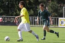 Ze zápasu Čelákovice - Velim (1:2)