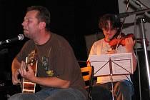 Xavier Baumaxa na koncertě ve Staré Boleslavi