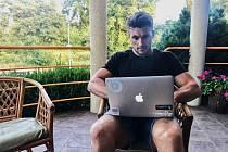 Martin Fuksa při online rozhovoru se čtenáři Deníku