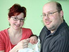IVANKA JE Z ÚMYSLOVIC. Ivana Partyková se narodila v neděli 17. března 2013 v 11.07 hodin. Po porodu měřila 47 cm a vážila 2 960 g. S rodiči Bohdanem a Martinou a bráškou Františkem (2,5) bydlí v Úmyslovicích.