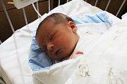 PATRIK MÁ JMÉNO PO TÁTOVI. PATRIK BURIAN se poprvé podíval na svět 6. září 2017 v 18.07 hodin. Vážil 3 550 g a měřil 49 cm. Je prvním miminkem v rodině Pavlíny a Patrika ze Sokolče. Jméno má tedy jasně po tátovi.
