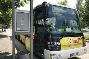 Po čtvrtroce některé změny ve veřejné dopravě nehodnotí lidé z Městce Králové příliš kladně.