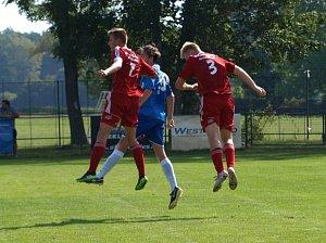 Starší dorostenci Polabanu Nymburk prohráli doma ve druhém divizním zápase 0:7 s Vyšehradem.
