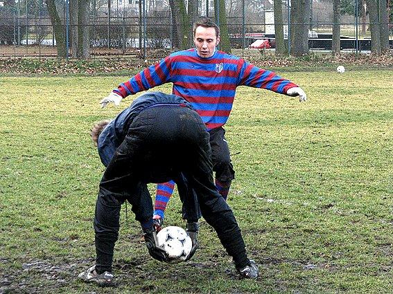 Z přípravného utkání Polaban Nymburk B - Loučeň (3:3).