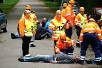 Cvičení záchranných složek proti teroristickému útoku v Sadské