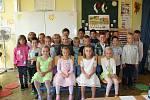 Třída 1. A ZŠ Letců R.A.F. Nymburk, třídní učitelka Branislava Batalová.