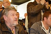 Fešáci slaví 50 let existence. V pražské prodejně na Jungmannově náměstí pokřtili trojcédéčko a knihu.