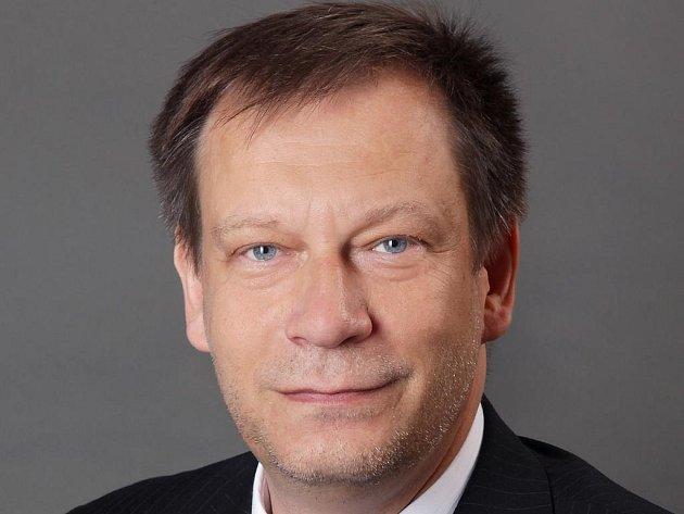 Ředitel nymburského gymnázia Jiří Kuhn.