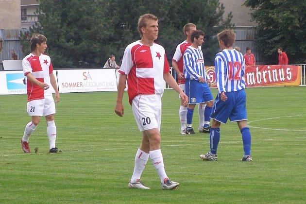 Bořek Dočkal (č. 20) dal za reprezentace do jedenadvaceti let dvě branky do sítě Lichtenštejnska