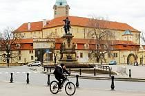 Centrum Poděbrad v době nouzového stavu.