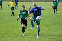 Z okresního fotbalového derby krajského přeboru Semice - Polaban Nymburk (1:4)