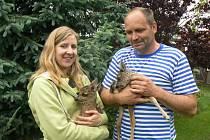 Luboš Vaněk se svou přítelkyní Martou Bryndovou mají v těchto dnech po povodních plné ruce práce.