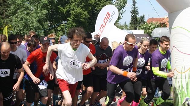 Charitativní běh Run For Help v Poděbradech.
