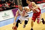 Z basketbalového utkání NBL Nymburk - Pardubice (83:77)