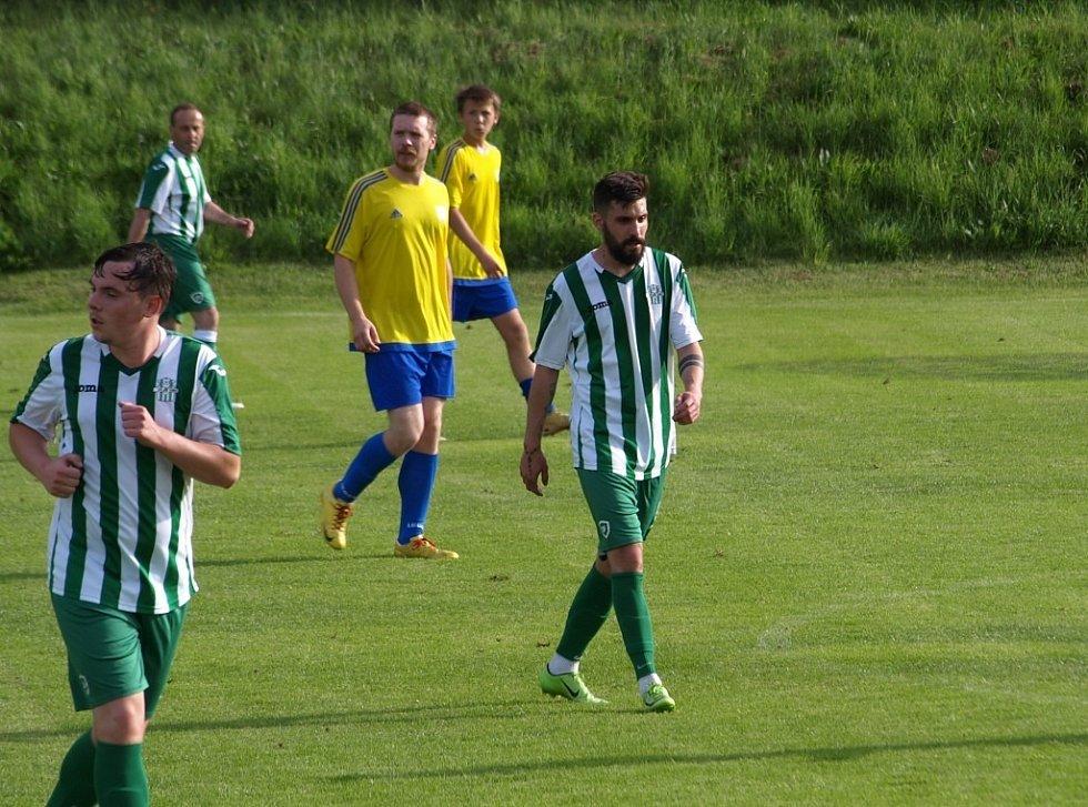 Z fotbalového utkání turnaje OFS Nymburk Semice B - Bříství (3:0)