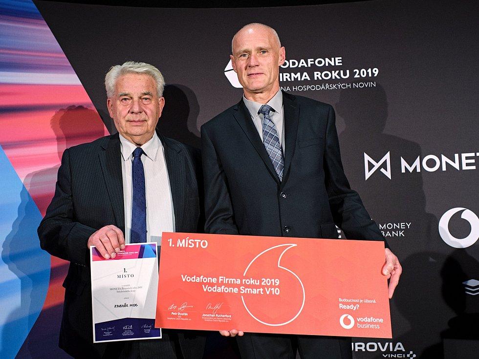 Zdeněk Moc (vlevo) byl pro letošek vyhlášen Živnostníkem Středočeského kraje.