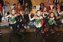Taneční soutěž Dancefonie v poděbradském Domě dětí a mládeže Symfonie.