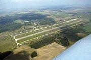 Milovické letiště Boží Dar - letecký snímek.