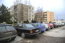 I na Nymbursku klesají ceny panelákových bytů o desetitisíce.
