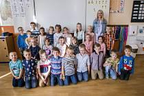 Třída 1. A a paní učitelka Václava Pletková