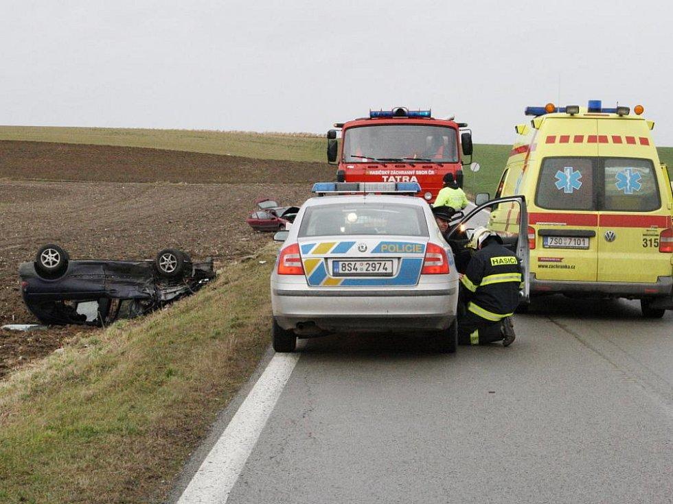 V sobotu po jedenácté dopoledne se na silnici z Jiřic do Benátek nad Jizerou stala vážná dopravní nehoda.