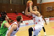 Z basketbalového utkání Ligy mistrů Nymburk - Tofas Bursa