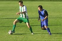 DERBY, TO BYLO FIASKO. Fotbalisté nymburského Polabanu sehráli na podzim dvě okresní derby a z obou odešli poraženi. V Semicích padli 0:4, v Poděbradech 0:3
