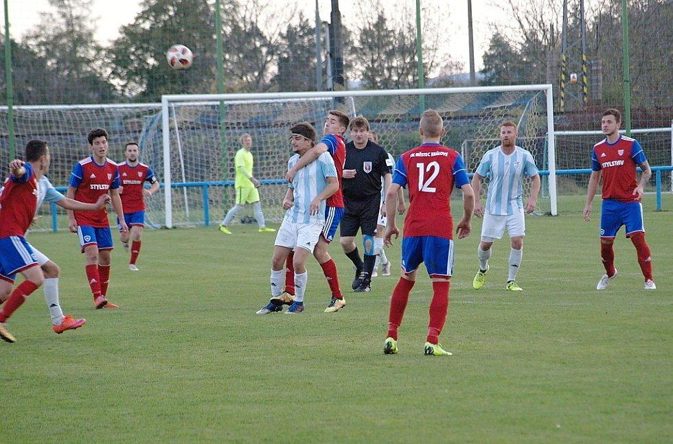 Z fotbalového utkání I.B třídy Sadská - Městec Králové (4:1)