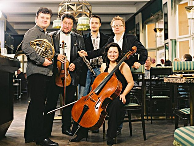 Baborak Ensemble.