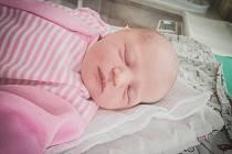 Jana Hofmanová, Nymburk. Narodila se 29. března 2020 v 8.40 hodin v nymburské porodnici, vážila 3000 g a měřila 48 cm. Z prvorozené holčičky se raduje maminka Daniela a tatínek Jaroslav.