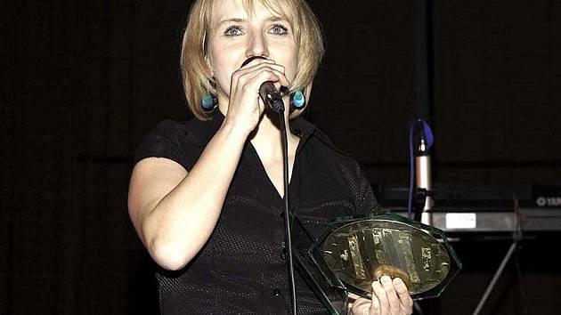 Lucie Procházková, vítězná zpěvačka v prvním ročníku hudební ankety.