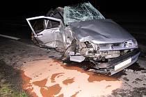 Renault po nehodě u Dymokur.