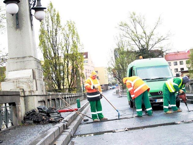 Opravy mostu jsou v poslední fázi