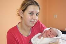 NATÁLKA SE NARODILA NA MARTINA. Natálie Zeithammerová přišla na svět na svátek Martina 11. listopadu 2013 v 18.03 hodin. Vážila 3 300 g a měřila 50 cm. Domů si holčičku odvezla maminka Iveta.