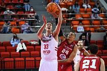Z basketbalového utkání Ligy mistrů Zaragoza - Nymburk (90:71)