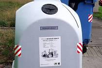 Do těchto nádob mohou Nymburští nyní třídit kovový odpad.