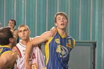 Z basketbalového utkání 2. ligy Nymburk - Chrudim.