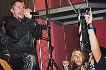 Na Minifestu v nymburském kulturním domě zahrály skupiny Rimortis, DKV, Straton a Offline.