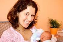 PRVOROZENÝ ONDRA BUDE SPORTOVEC. Z novorozeného Nymburáka Ondry Špačka se radují rodiče Michal Špaček a Dita Kaňková. Kluk byl pro ně až do porodu ve středu 27. února 2013 překvapení. Ondra se narodil v 1.10 hodin s mírami 50 cm a 3 220 g.