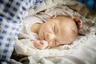 IZABELA MARVANOVÁ se narodila 28. února 2019 ve 21.56 hodin s délkou 47 cm a váhou 3 140 g. Rodiče Andrea a Richard si ji odvezli do Nymburka, kde se na ně těšil Samuel (2 roky) a Nella (9let).