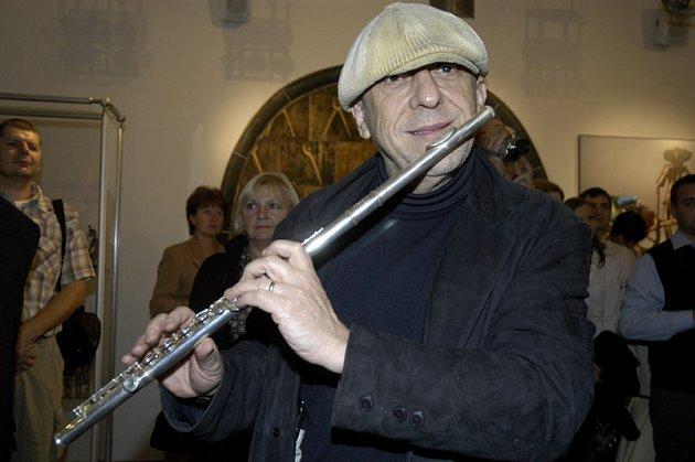 Jiří Stivín zahrál na výstavě v Poděbradech