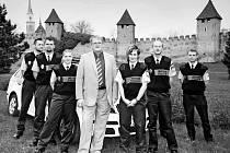 Historický snímek připomínající vznik nymburské městské policie v době, kdy město vedl starosta Ladislav Kutík.