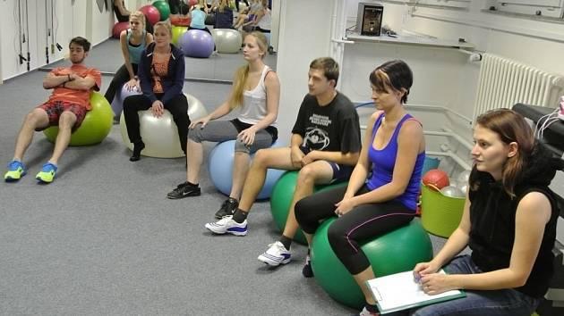 Studenti VOŠ ČUS pomáhají Sportovnímu centru