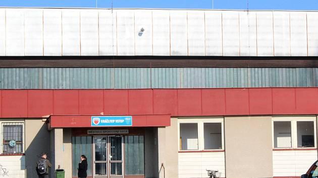 Poděbradská sportovní hala Bios u Labe se promění k nepoznání
