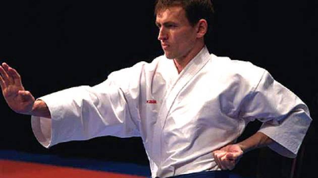 Prohrál až ve finále. Jiří Bašus byl v Hradci druhý.